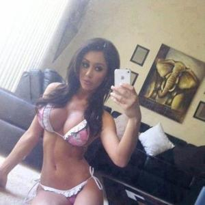Gisele from Oregon is looking for adult webcam chat