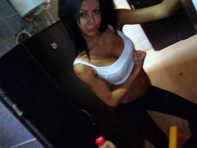 Looking for girls down to fuck? Oleta from White Swan, Washington is your girl