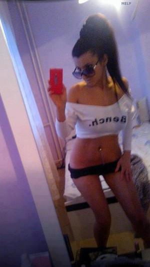 Celena from Naches, Washington is looking for adult webcam chat