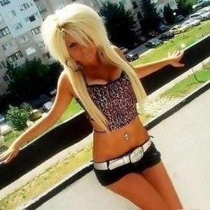 Meet local singles like Kassandra from Cranesville, Pennsylvania who want to fuck tonight