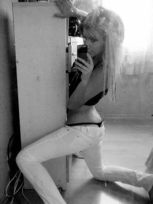 Fannie is looking for adult webcam chat